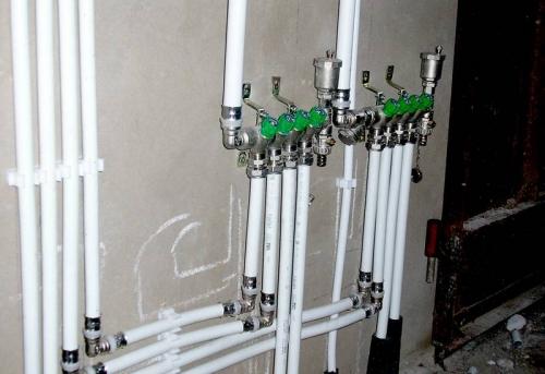 Монтаж металлопластиковых труб в Москве