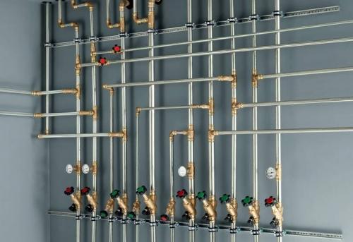 Монтаж нержавеющих труб отопления в Москве