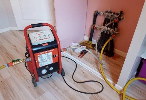 Опрессовка отопления в квартире в Москве