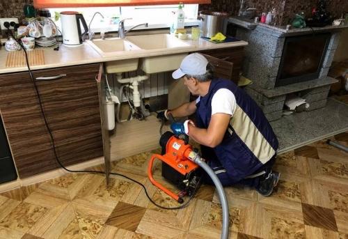 Прочистка канализации в частном доме в Москве