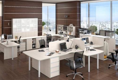 Сборка мебели в большом офисе в Москве