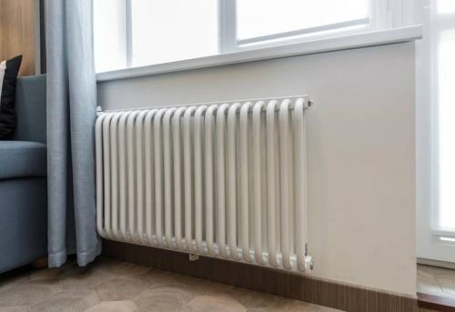 Установка стального радиатора отопления в Москве