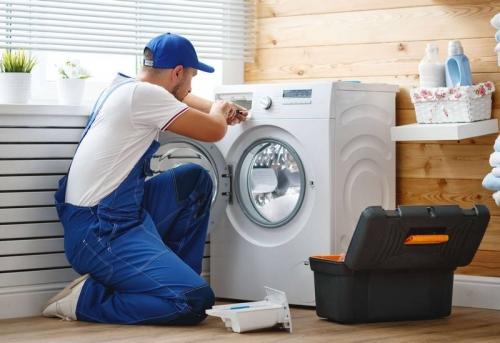 Установка стиральной машины с доработкой коммуникаций в Москве