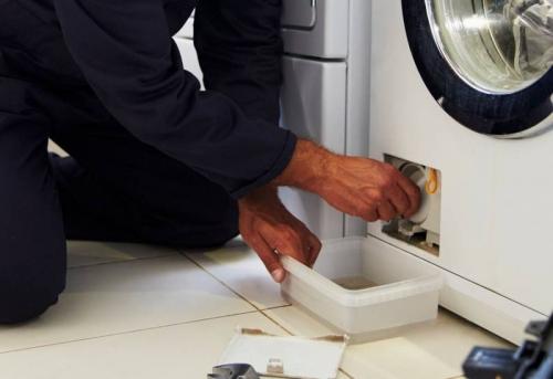 Устранение протечки стиральной машины в Москве