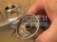 устранение течи смесителя в ванной