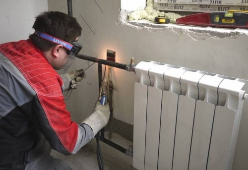 Замена радиатора с установкой байпаса в Москве