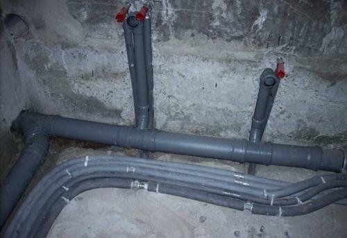 Замена труб канализации в ванной в Москве